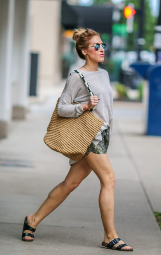 style tips for wearing summer shorts