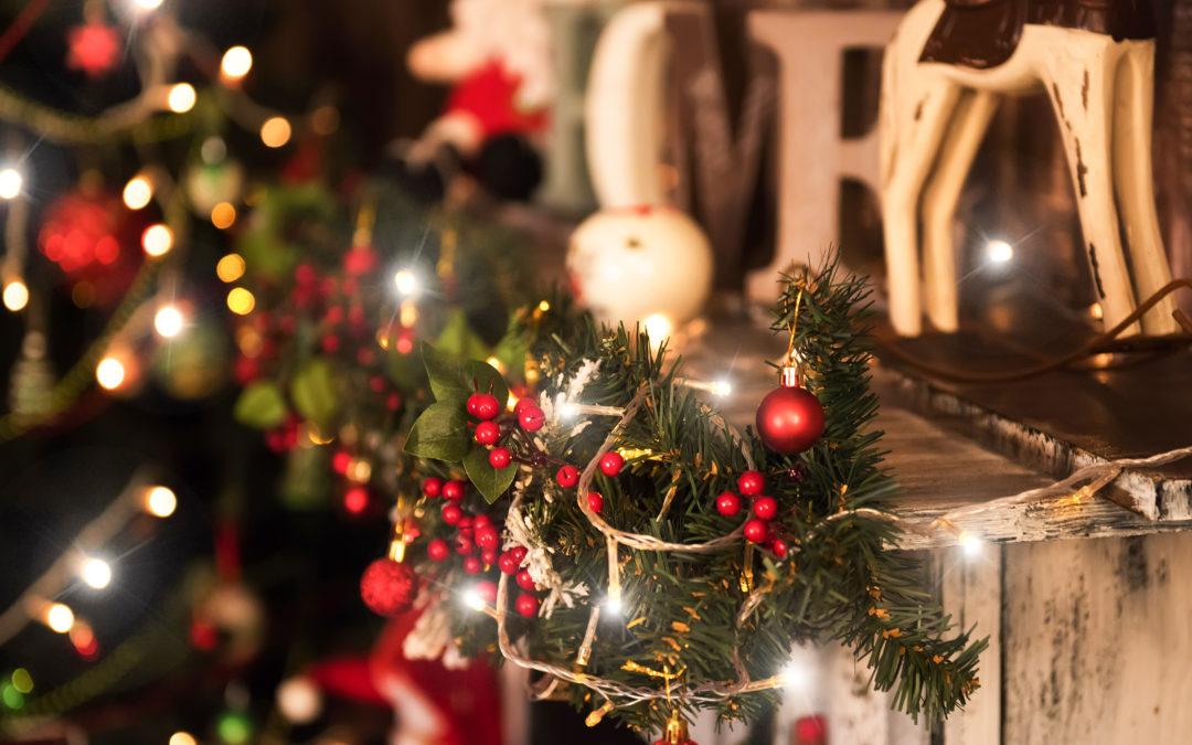 "Home Decor Christmas Favorites. """